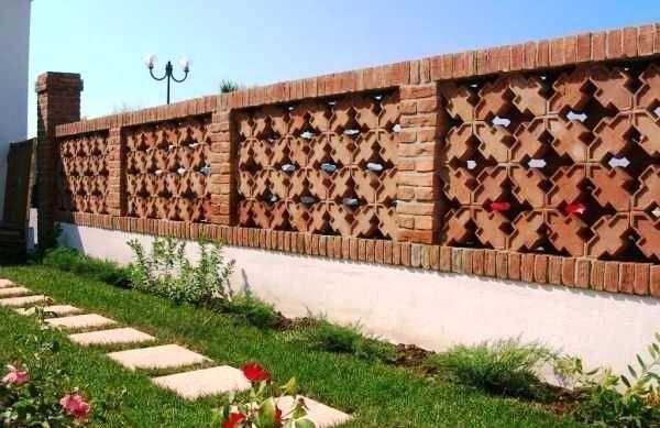 Recinzioni decorative modulari per separare gli spazi esterni - Recinzioni in metallo per giardino ...